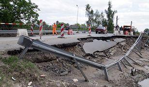 UE naprawi zniszczone przez powódź sandomierskie drogi