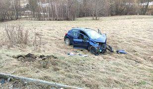Dramatyczny wypadek w Gruszowcu. Ranni, w akcji LPR