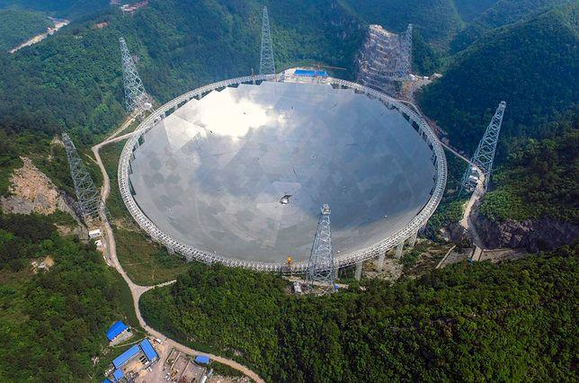 Kosmos. Największy radioteleskop na świecie odebrał tajemnicze sygnały