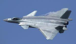Chiński samolot lepszy od amerykańskiego myśliwca?