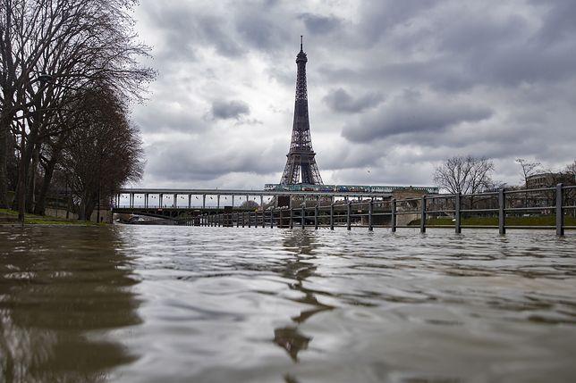 Pogoda. Paryż w strachu. Wody przybywa, a prognozy coraz gorsze