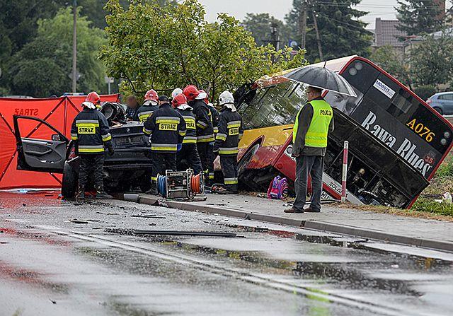 Wypadek pod Warszawą. Zginęli ojciec z córką