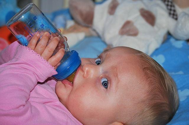 W jaki sposób zapobiec odwodnieniu u dziecka?