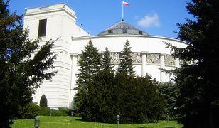 Do Sejmu dostałyby się cztery partie