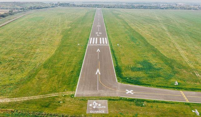 Gliwice. Zmodernizowana płyta lotniska z nową drogą startową o długości 920 metrów.