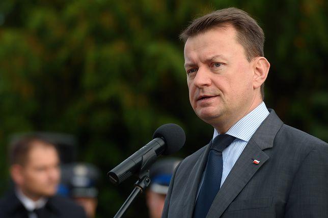 Mariusz Błaszczak liczy na wyjaśnienie sprawy policjantów
