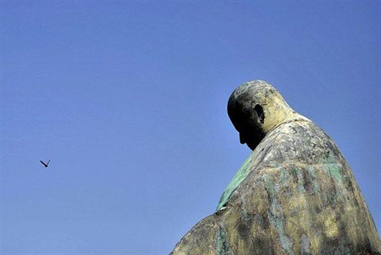 Kontrowersyjny pomnik papieża Jana Pawła II