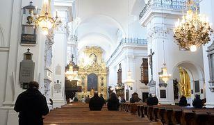 Koronawirus w Polsce. Prymas Polski abp Wojciech Polak wydał rozporządzenie