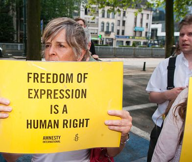 Protest Amnesty International przed ambasadą Arabii Saudyjskiej w Brukseli.