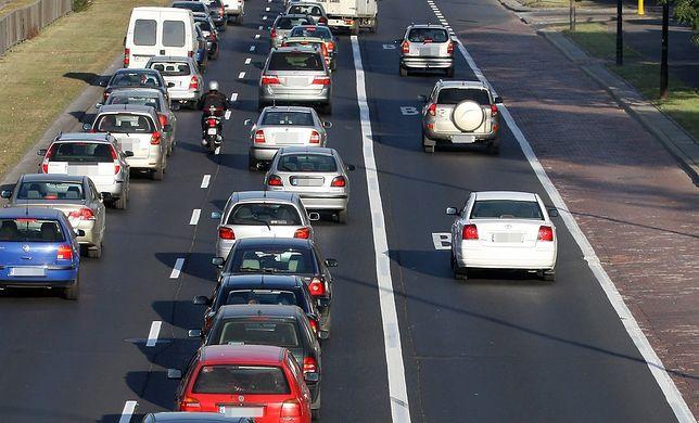 Legalna jazda buspasem może skończyć się otrzymaniem mandatu. Policja nie nadążyła za nowymi przepisami