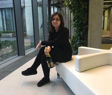 A szampan oczywiście bezalkoholowy.
