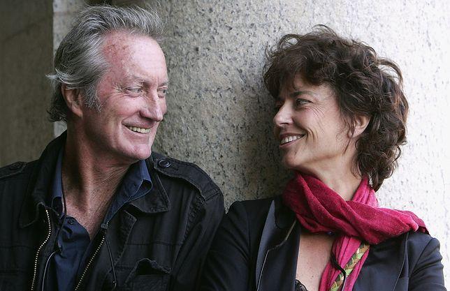 """Połączyły ich """"Ptaki ciernistych krzewów"""". Rachel Ward i Bryan Brown tworzą szczęśliwe małżeństwo"""