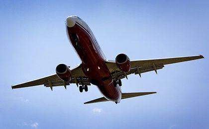 Linie lotnicze testują sprzedaż biletów za pośrednictwem Facebooka