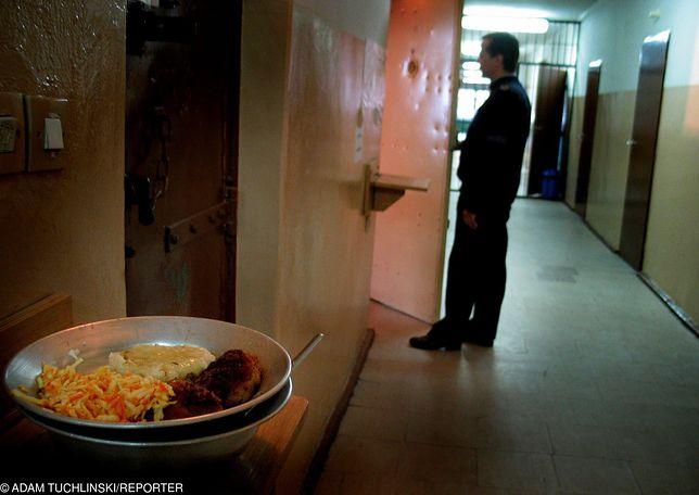 Skazaniec dostanie 10 tys. zł zadośćuczynienia, bo więzienie nie zapewniło mu diety wegańskiej