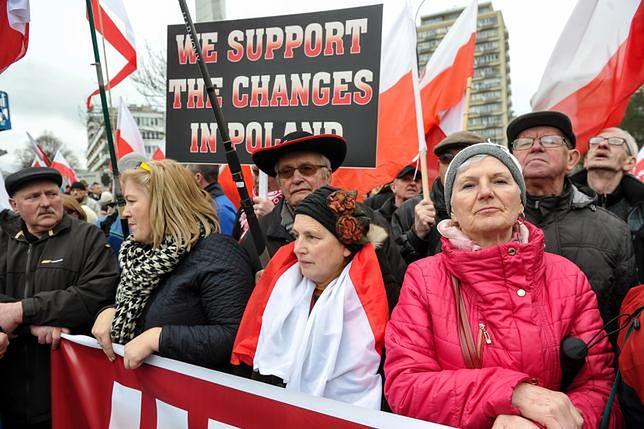 Marsz poparcia dla rządu premier Szydło i wprowadzanych przez niego reform z 23 marca 2017 r.