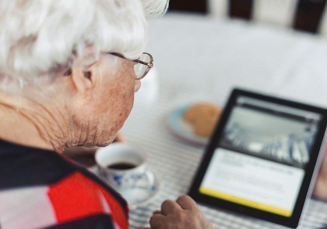 Babcia musi usunąć zdjęcia wnuków z Facebooka. Publikowanie ich bez zgody rodziców jest niezgodne z holenderskim prawem
