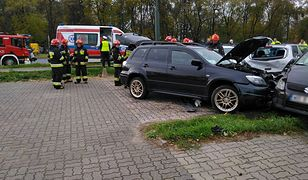 Uszkodzonych zostało 11 samochodów