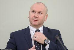 Były szef CBA Paweł Wojtunik wygrał w sądzie z premierem