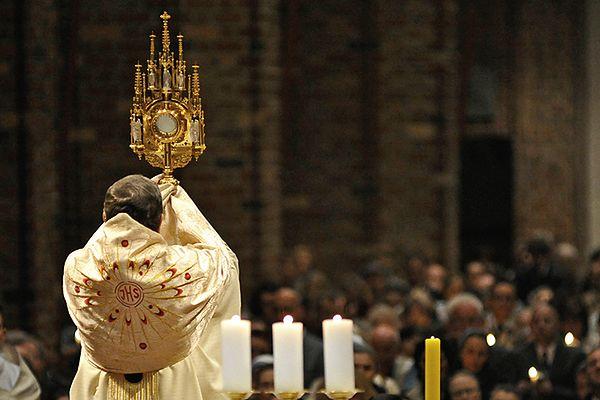 W warszawskiej archikatedrze odbyła się msza za wolność