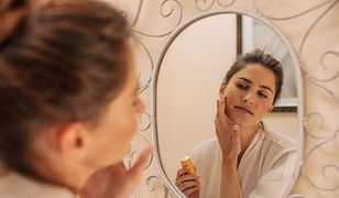 Nakładaj kosmetyki w ten sposób, a sprawisz, że będą bardziej skuteczne