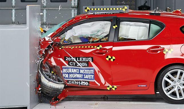 Samochody małe - Lexus CT200h