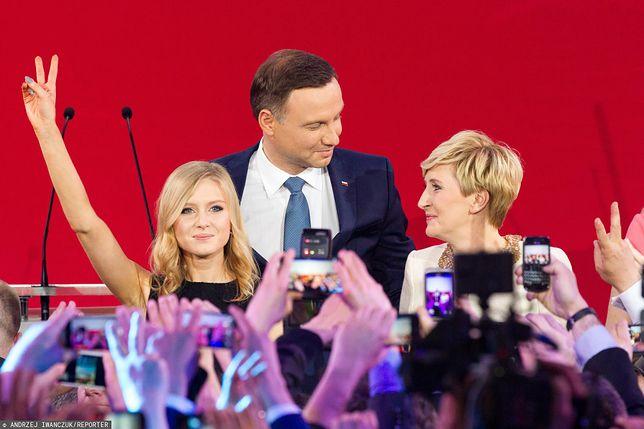 Wybory 2020. Pierwsza dama i córka wystąpiły u boku prezydenta Andrzeja Dudy