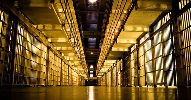 Niemcy: personel więzienny zaniepokojony. Rośnie liczba islamskich ekstremistów