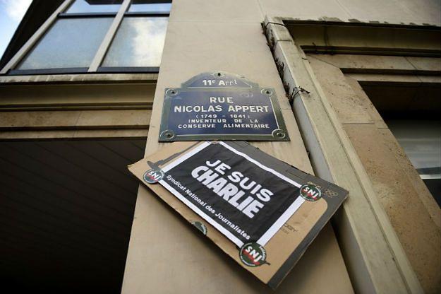 """""""Charlie Hebdo"""" bez karykatur Mahometa. """"Nie oszukujmy się, wolność słowa nie zwyciężyła"""""""
