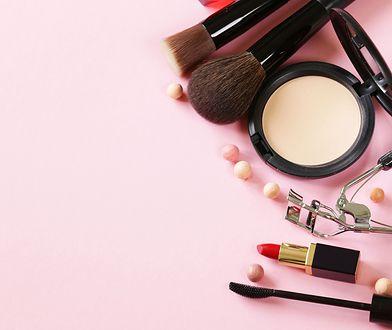 Dlaczego zakochujemy się w niektórych kosmetykach