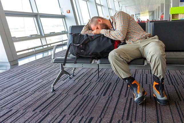 Pasażerowie bywają wykończeni lotem z dziećmi