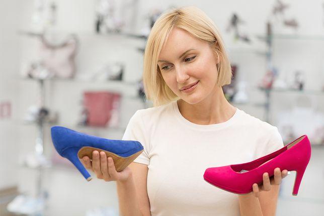 Także buty odpowiednie dla szerokich stóp mogą się prezentować ładnie