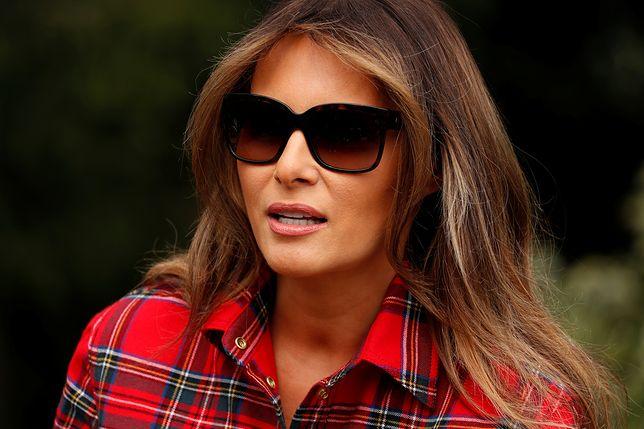 Internauci już wiedzą, dlaczego Melania ukrywa się za okularami