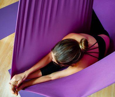Aerial yoga, joga antygrawitacyjna - na czym polega ?