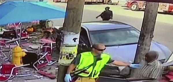 71-letni kierowca wjechał w grupę ludzi. Zapomniał okularów