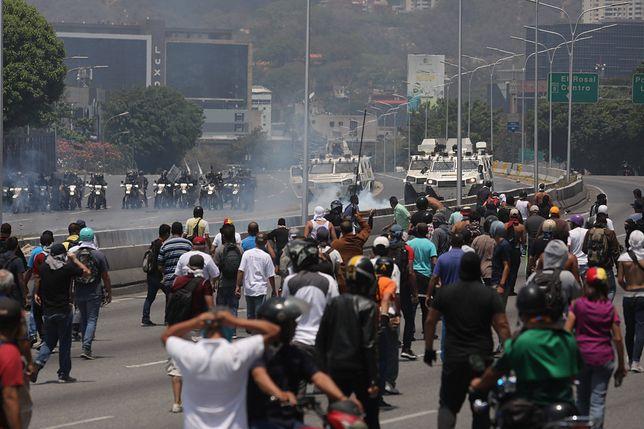 Caracas. Na ulicach miasta doszło do zamieszek