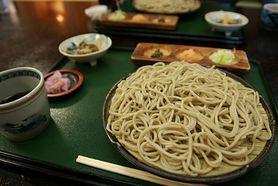 Ugotowany makaron japoński Soba