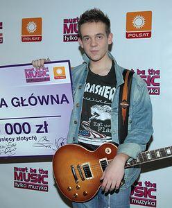 """Maciej Czaczyk, laureat """"Must Be the Music"""", został księdzem. Teraz śpiewa o Wyszyńskim"""