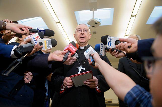 Koronawirus w Polsce. Lewica wystosowała apel do polskiego Kościoła