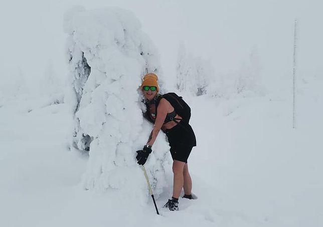 Zimowe Śnieżne Kotły w samych szortach