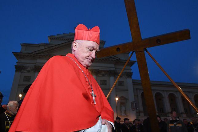 """Kontrowersje wokół """"miesięcznic smoleńskich"""". """"Czy dla Kościoła to święto?"""""""