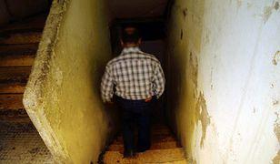 Mężczyzna zamknął swoją żonę w piwnicy w styczniu 2009 r.