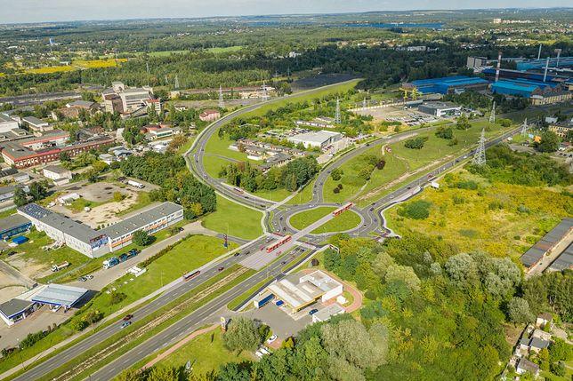 Dąbrowa Górnicza. Prace przy przebudowie układu drogowego w mieście wchodzą w kolejną fazę.