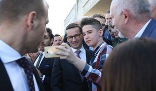 Politycy PiS pojechali w Polskę. Porozmawiać z wyborcami