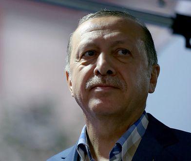 Dzień przed nalotem prezydent Turcji Erdogan spotkał się z premierem Iraku