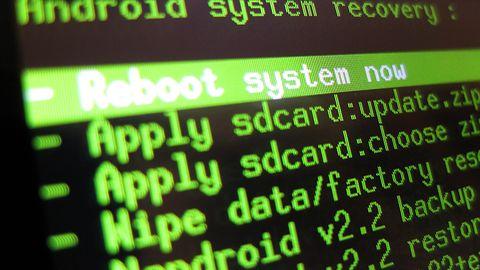 Unijna dyrektywa PSD2: wybieraj –albo root, albo mobilna bankowość