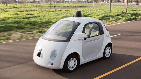 Algorytmiczna moralność: kogo ma zabić samoprowadzące sięauto?