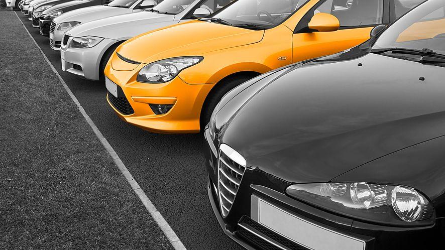 Planujesz zakup używanego samochodu? Sprawdź jego historię na stronie MSW