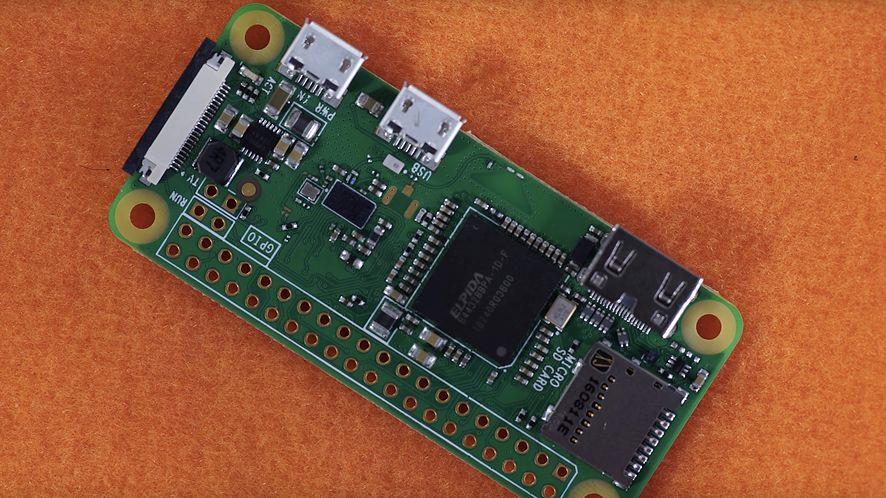 Nowe Raspberry Pi Zero W z Wi-Fi i Bluetooth za 10 dolarów