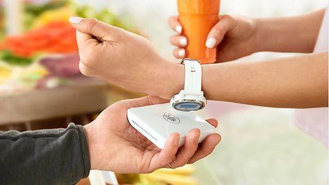 mBank wprowadza Garmin Pay. Od razu dla kart Visa i Mastercard