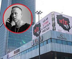 Nergal na wojennej ścieżce z Kościołem. Tajemnicze billboardy w Warszawie